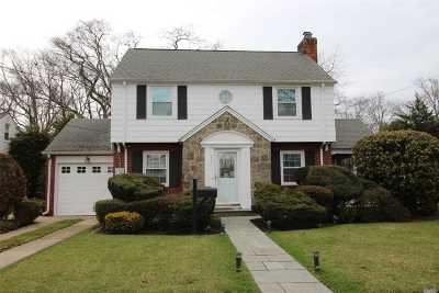 Baldwin Single Family Home For Sale: 1447 Dartmouth St