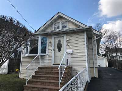 Bellmore Single Family Home For Sale: 326 Frederick Ave
