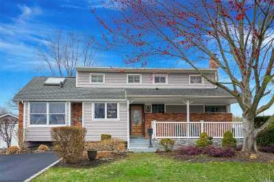 St. James Single Family Home For Sale: 7 Floral Ln