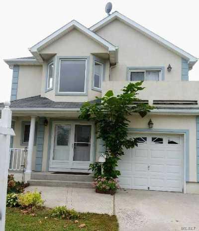 Long Beach Single Family Home For Sale: 458 E Pine St