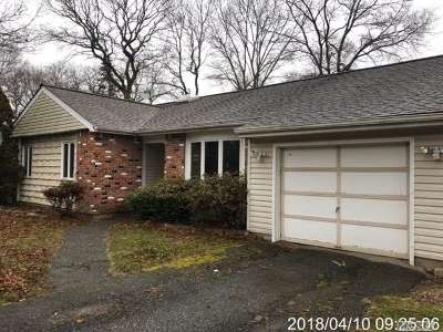 Farmingville Single Family Home For Sale: 543 Blue Point Rd