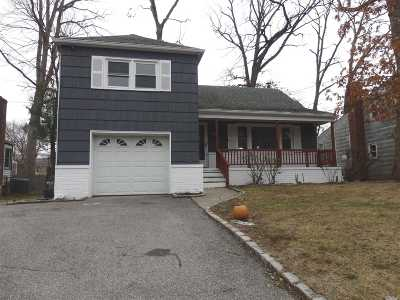 Malverne Single Family Home For Sale: 56 Broadway