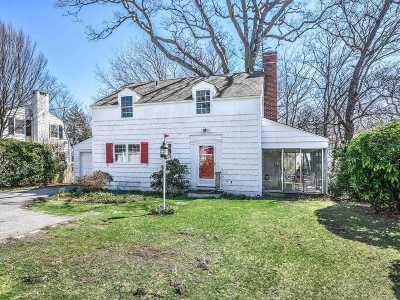 Port Washington Single Family Home For Sale: 4 Drury Ln