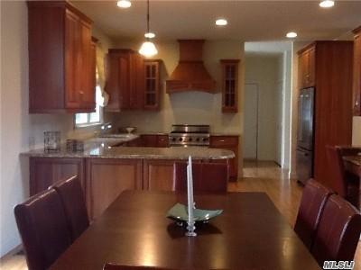 Fort Salonga Single Family Home For Sale: 561 Pulaski Rd