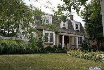 Woodmere Single Family Home For Sale: 927 Central Ave