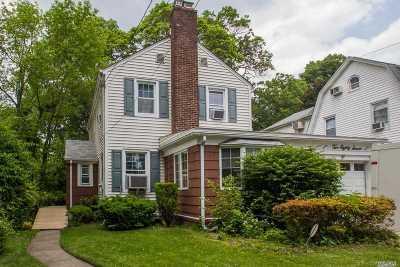 Floral Park Single Family Home For Sale: 287 Crocus Ave
