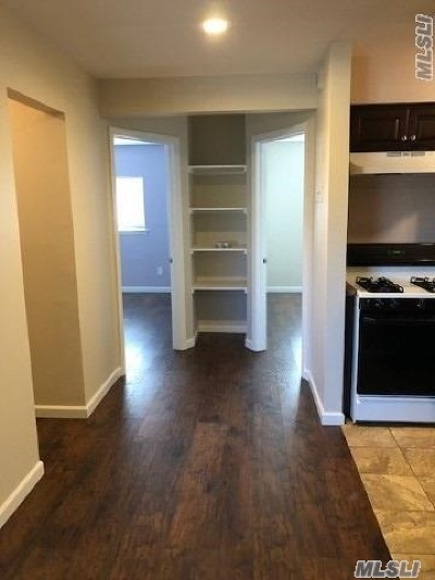Coram Rental For Rent: 43 S Point Cir