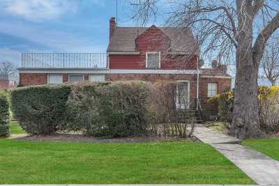 Bayside Single Family Home For Sale: 204-14 39th Avenue