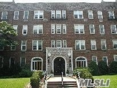 Garden City Rental For Rent: 12 Hamilton Place #D-12