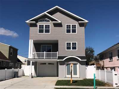 Long Beach Single Family Home For Sale: 545 E Fulton St