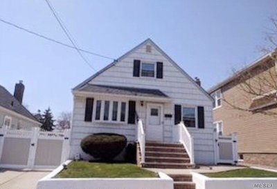 Flushing Single Family Home For Sale: 45-40 160th St