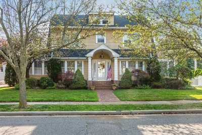 Rockville Centre Single Family Home For Sale: 41 Vernon Ave