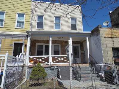 Brooklyn Multi Family Home For Sale: 29 O'brien Pl