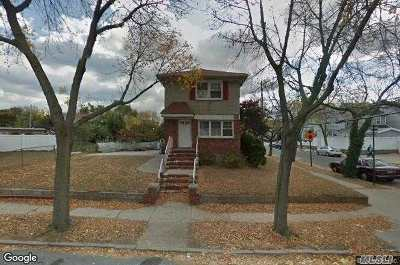 Ozone Park Single Family Home For Sale: 97-02 135th Rd