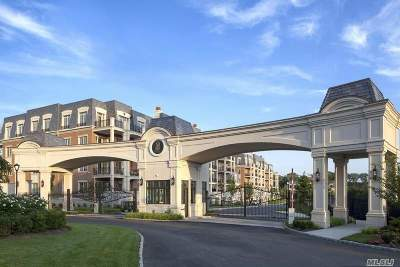 North Hills NY Condo/Townhouse For Sale: $3,725,000