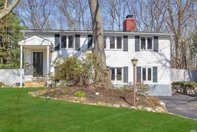 E. Setauket Single Family Home For Sale: 25 Woodchuck Ln