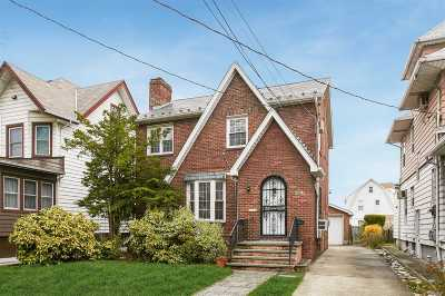 Flushing Single Family Home For Sale: 46-53 157th St