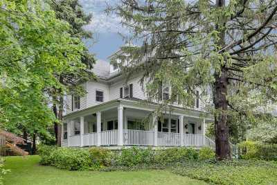 Port Washington Single Family Home For Sale: 105 Murray Ave