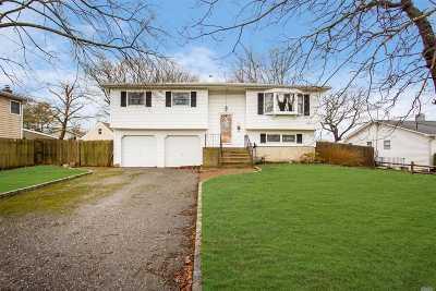 Oakdale Single Family Home For Sale: 278 Matthews Rd