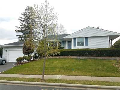 Syosset Single Family Home For Sale: 47 Florence Dr