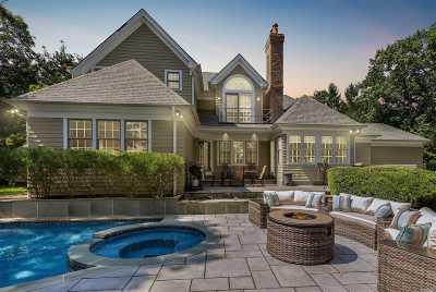Mattituck Single Family Home For Sale: 155 Halls Creek Dr