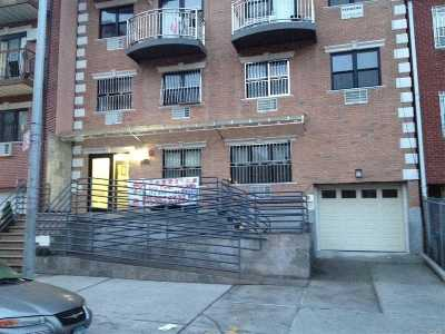 Woodside Condo/Townhouse For Sale: 40-40 68th St #2C