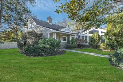 Roslyn Single Family Home For Sale: 8 Clover Ln