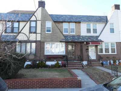 Middle Village Single Family Home For Sale: 65-06 77th Pl