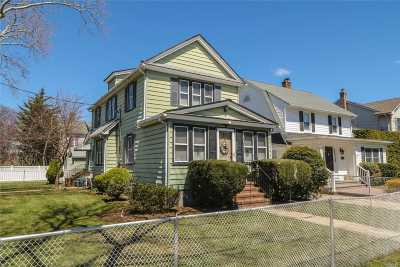 Floral Park Single Family Home For Sale: 315 Lowell Ave