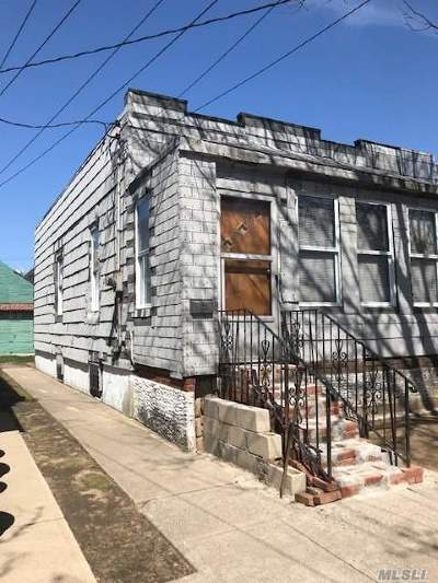 Ozone Park Single Family Home For Sale: 89-29 Desarc Rd