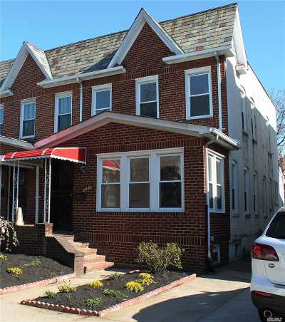 Rego Park Single Family Home For Sale: 85-40 67 Dr