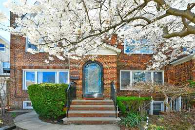 Ozone Park Single Family Home For Sale: 96-10 134th Rd