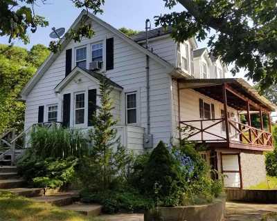 Hampton Bays Single Family Home For Sale: 7 Sun Valley Rd