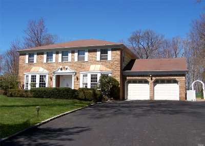 Stony Brook Single Family Home For Sale: 19 Quaker Hill Rd