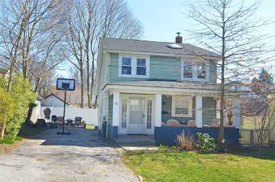 Port Washington Single Family Home For Sale: 90 Bar Beach Rd