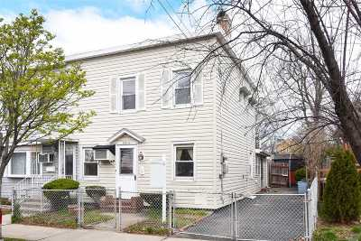 Whitestone NY Single Family Home For Sale: $698,888