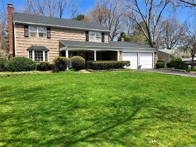 Stony Brook Single Family Home For Sale: 3 Bowen Pl