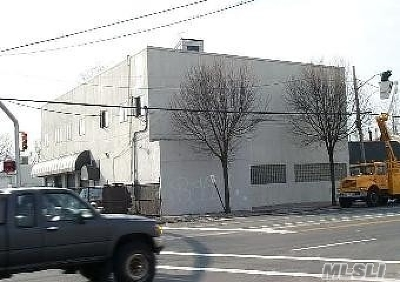 Massapequa Commercial For Sale: 5680 Merrick Rd