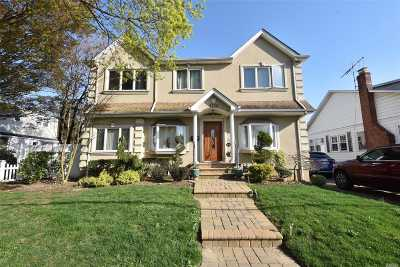 N. Bellmore Single Family Home For Sale: 2730 Court St