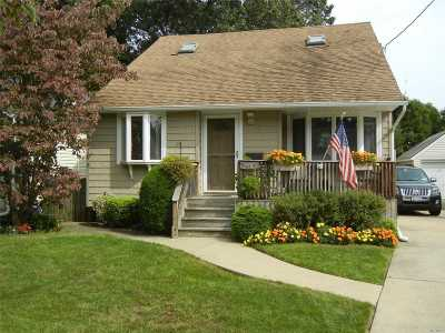 Single Family Home For Sale: 2383 Washington Ave