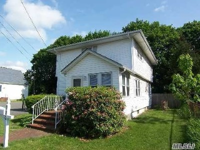 St. James Rental For Rent: 182 Woodlawn Ave