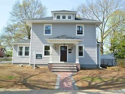 Lynbrook Single Family Home For Sale: 23 Sunset Ave