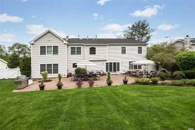 Commack Single Family Home For Sale: 11 Timber Ridge Dr