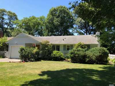 Port Washington Single Family Home For Sale: 1582 Middle Neck Rd