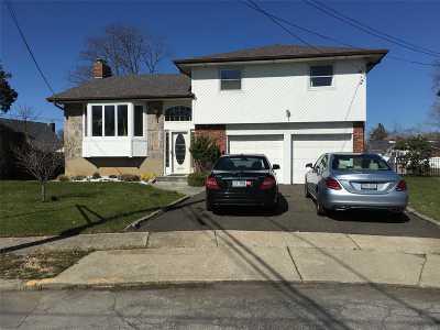 N. Bellmore Single Family Home For Sale: 1836 Bradley Ct