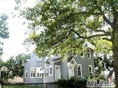 Long Beach Multi Family Home For Sale: 142 E Market St
