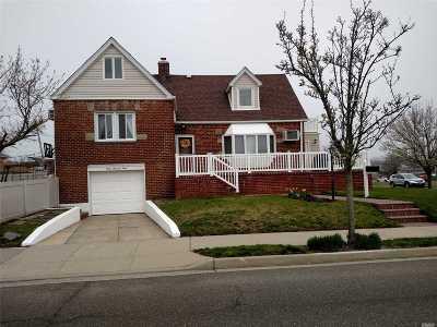 Long Beach NY Single Family Home For Sale: $748,000