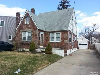 Oceanside Single Family Home For Sale: 2297 Alexander Pl
