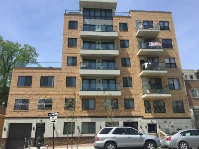 Flushing Condo/Townhouse For Sale: 42-26 147 Street #4A