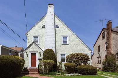W. Hempstead Single Family Home Pending: 162 Saint Pauls Pl